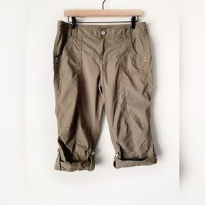 INC International Concepts Olive Cargo Capris